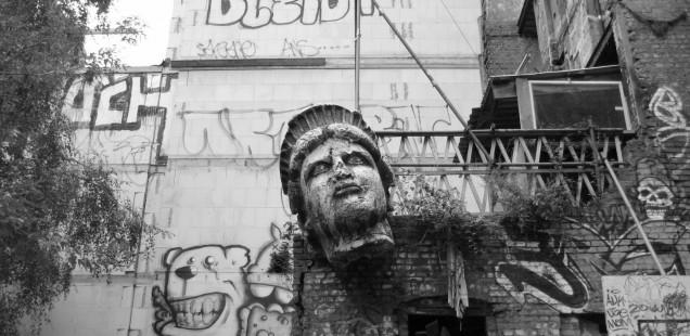 風雲!パンク城。ベルリン最終攻防戦?